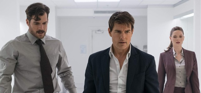 Henry Cavill, Tom Cruise and Rebecca Ferguson in Mission Impossible: Fallout